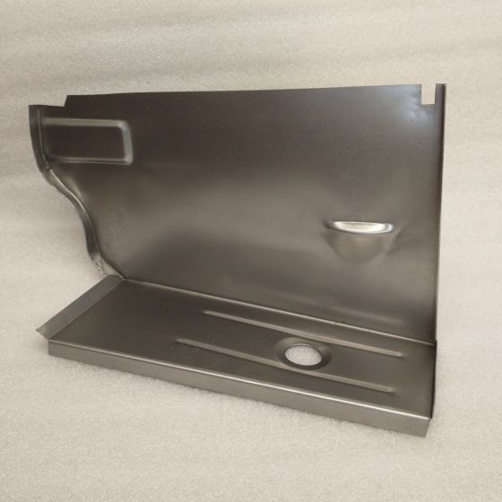 (E30)  09/1987 Onwards Boot Side Battery Tray (P)