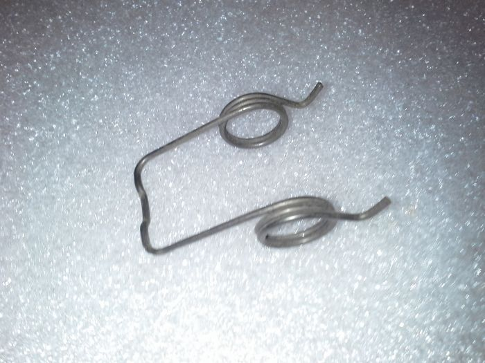 (02 models) Early Clutch Lever Spring on Pressure plate