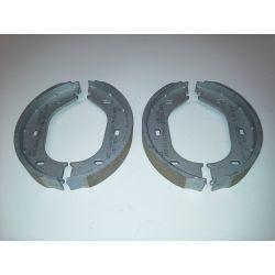 (E9 2.5CS-3.0CSL) Handbrake Shoes 3.0CS-CSL  BMW